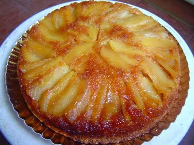 Bizcocho de Manzanas Caramelizadas con Kefir