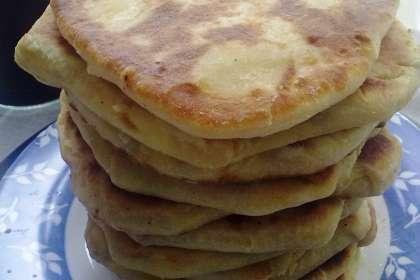 Hachapuri - tortas de georgia rellenas de queso