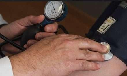 Consumo de kéfir disminuye presión arterial y colesterol