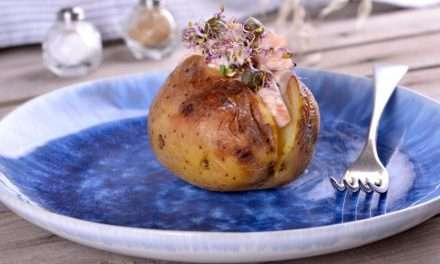 Receta de Patata asada con salmón