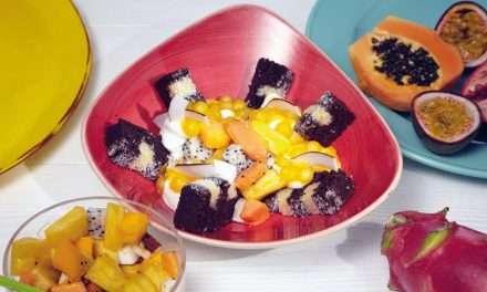 Cake Bowl Caribeño con Kéfir