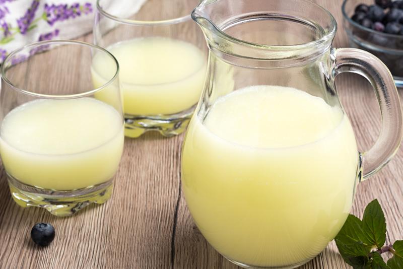 ¿Cómo aprovechar el suero del Kéfir de leche?