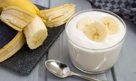 Kéfir: el lácteo perfecto para quienes les sienta mal la leche (tiene alternativa vegana)