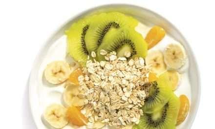 El mejor desayuno: Avena con Kéfir, plátano, kiwi y naranja