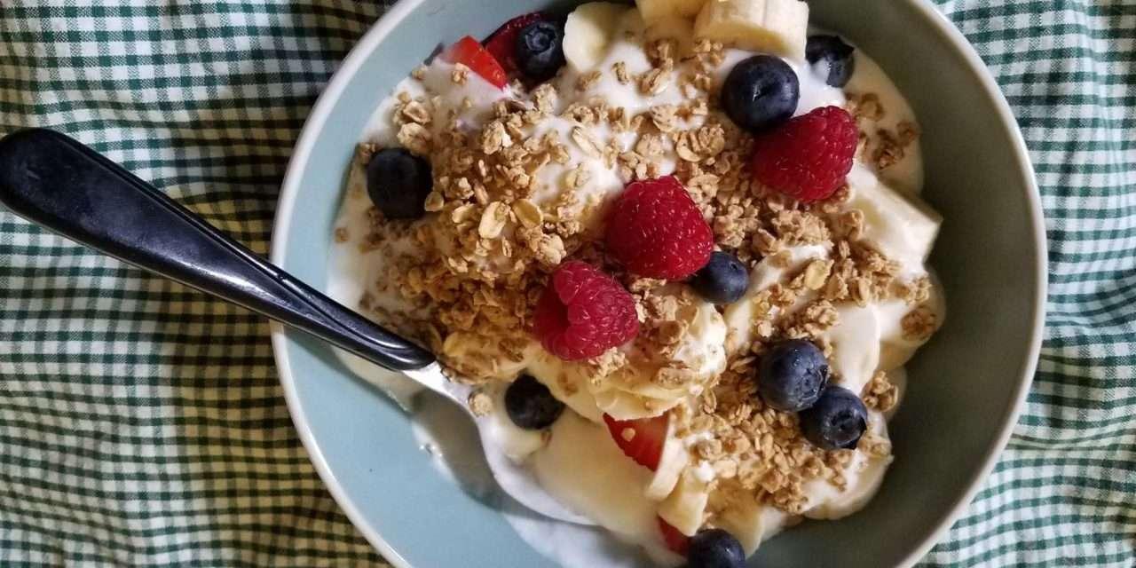Desayuno de alforfón y kéfir